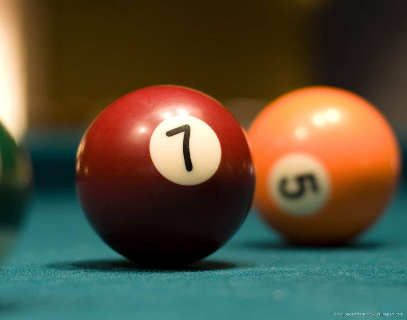 Seven Ball Pool Game